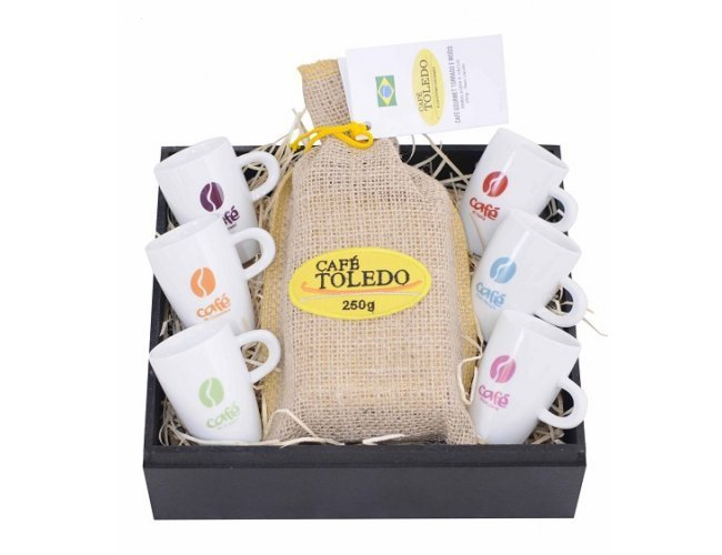 http://www.imediatobrindes.com.br/content/interfaces/cms/userfiles/produtos/kit-cafe-toledo-08-pecas-personalizado-imediato-brindes-297.jpg